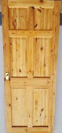 1 X INTERNAL SOLID PINE DOOR (INC. HANDLES)
