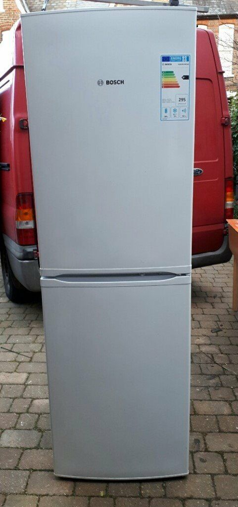 Bosch fridge/freezer, free-standing, frost-free, only 3 years old