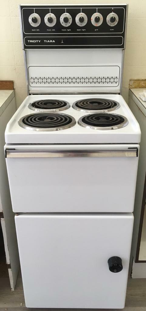 FREE retro electric cooker | in St Georges Cross, Glasgow