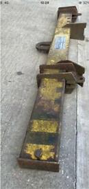 Lifting & Engineering Chain Spreader Beam Lifting Beam 4 Tonne Safe Lift Crane