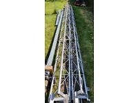 Versatower telescopic lattice tower
