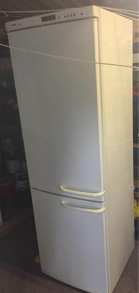 Bosch logixx frost free fridge freezer