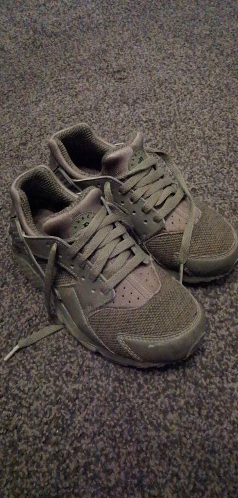 7c37fe4f60 Kids nike trainers size 4 | in Blackhall Colliery, County Durham | Gumtree