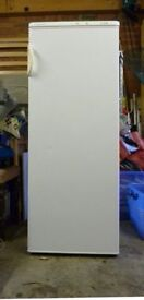 **ELECTROLUX**FREESTANDING FREEZER**ONLY £60**FULLY WORKING**COLLECTION\DELIVERY**FREEZER**FREEZER**