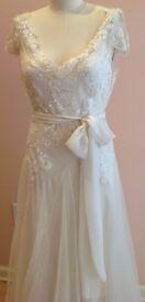 Beautiful unaltered Sarah Janks designer wedding dress