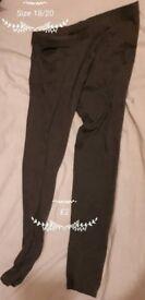 Size 18 / 20 Ladies Grey Leggings