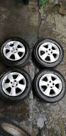 Vauxhall alloys and tyres