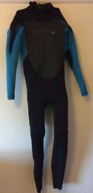 Oneill wetsuit 5/4/3 mm aged 14.
