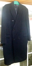 Very smart, traditional dark navy Dehavilland mens coat...NOW REDUCED FOR QUICK SALE!