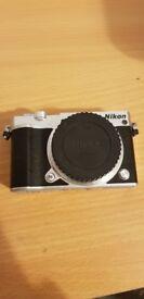 Nikon J5 Camera, Lens, 16GB Memory card