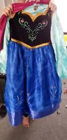 Girls dress up Anna's costume