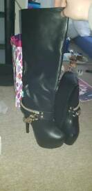SIZE 4 THIGH HIGH BOOTS