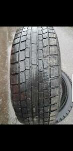 4 PNEUS HIVER YOKOHAMA 195 65 15   4 WINTER TIRES