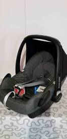 NEW Maxi Cosi Pebble Car Seat RRP £165