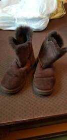 Brown ugg boots