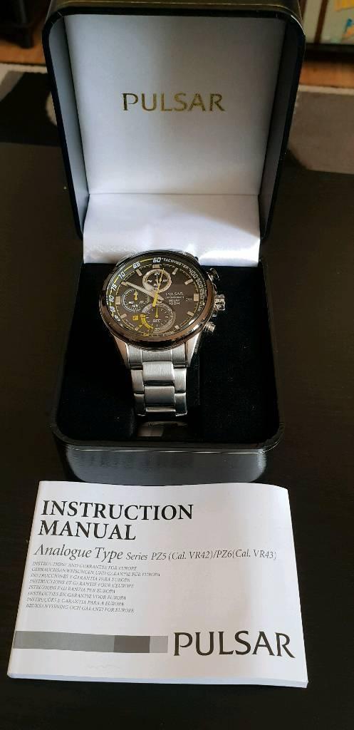 Mens Pulsar Seiko Solar Power Mens Chronograph Watch Boxed As New