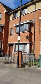 (DSS ACCEPTED*)LARGE 4/5 BEDROOM HOUSE CLOSE TO LEYTONSTONE STN