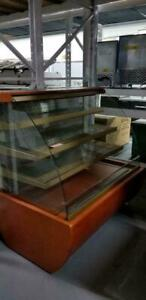 Used Open merchandiser, Used Pastry Cases, Used Deli Case Used Display Case Used Grab and Go Best Deal In Canada