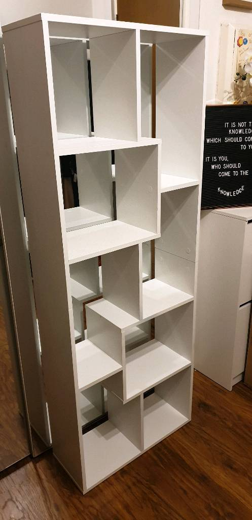 Aisen Pisa White Bookcase Contemporary Tall Shelf