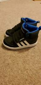 Toddler boys shoes size 6 and 7