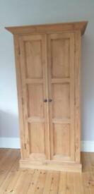 Pine wardrobe great condition