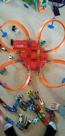 Hot wheels criss cross track