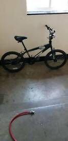Bike bmx very good condition quick Sell