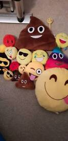 Emoji cushions pen and hat