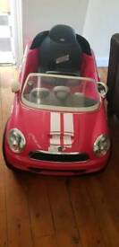Kids Electric Mini Cooper 6v with charger