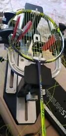 Badminton re string service