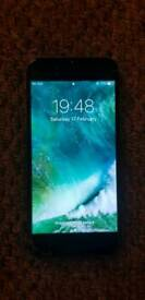 IPhone 6 (Cracked screen/works fine)