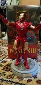 HOT TOYS Iron Man Mark 3 1/6 SCALE - Movie Masterpiece