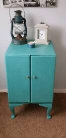 Lovely shabby chic unit for sale