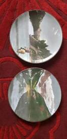 Collectable plates
