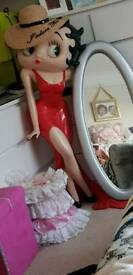 4ft betty boop with mirror