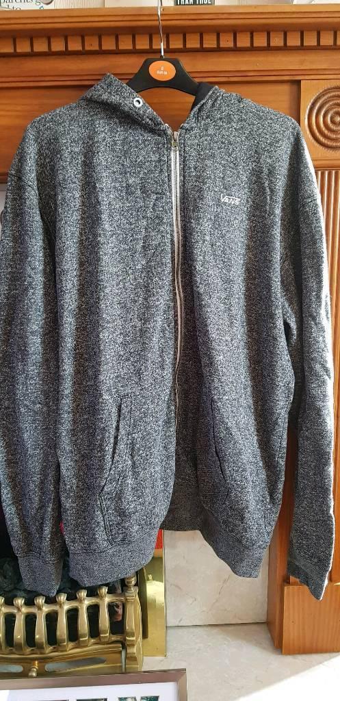 ec0f07d8f08071 Bundle of clothes size xl vans hoodie dickies shirts