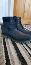 Timberland Mens 6 Inch size 10.5