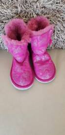 Girls size 9 ugg boots
