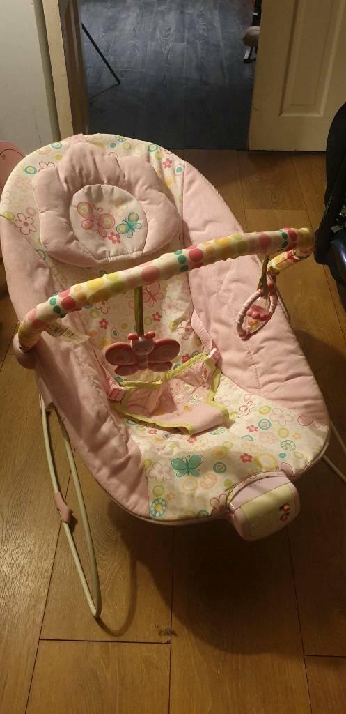 5fa955384e46 Baby bouncer