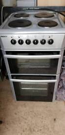 BEKO Electric cooker in silver