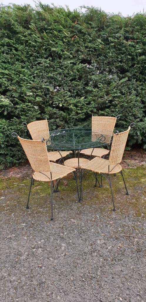 Rattan Metal Dining Set Glass Round Table Garden Home