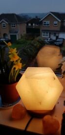 Diamond shape Himalayan rock salt lamp