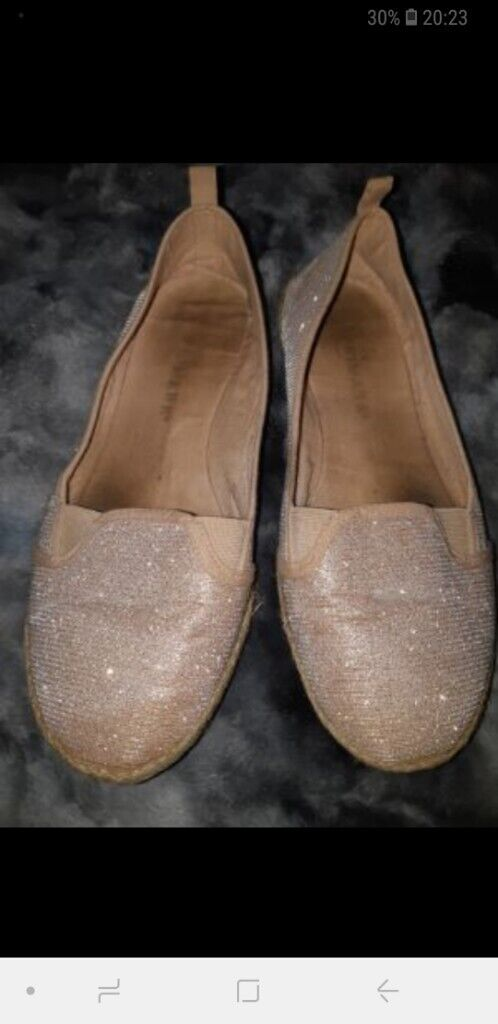 9c2a0c2ca Well worn womens shoes flats   in Enfield, London   Gumtree