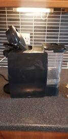 Great condition - Bosch TAS4000GB Tassimo Fidelia T40 coffee machine and pods