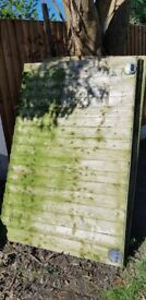 4 x 6ft x 4ft job lot of wooden fence panels 1 gate various sizes