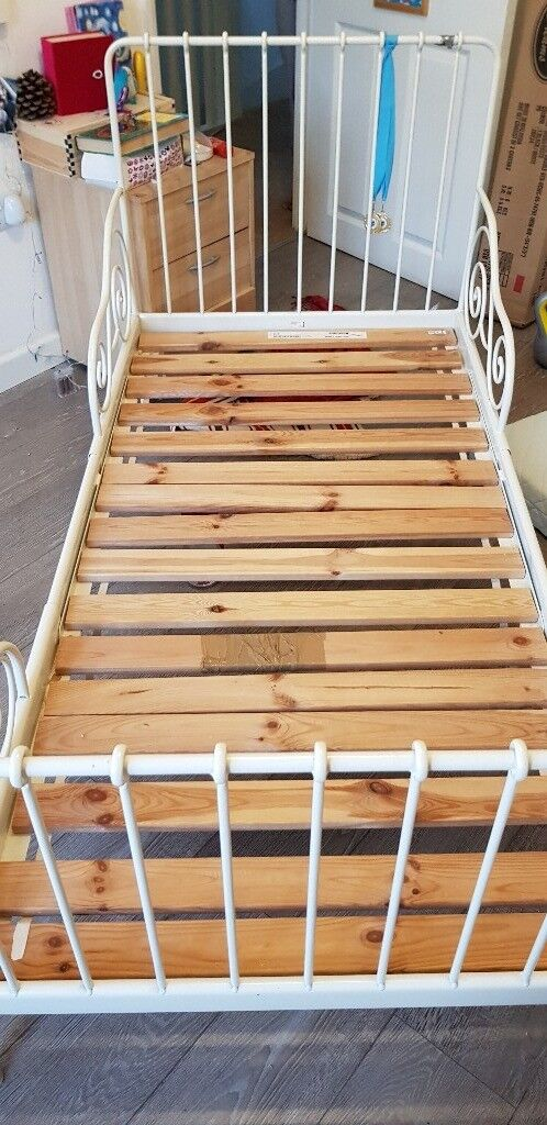 Ikea children's extendable bed