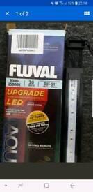 Fluval aquasky boxed 30w led