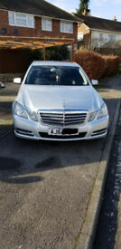 Mercedes E class very clean and family car.