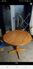 Small foldable table for FREE
