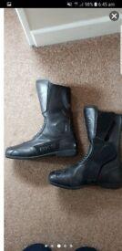 Mens size 10 BKS motorbike boots